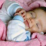 6 sai lầm phổ biến khi cho bé ngủ
