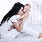 Bú sữa mẹ giúp trẻ thông minh và có sức đề kháng tốt