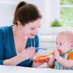 Khi nào nên cho bé sinh non ăn dặm?
