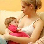 Làm gì để giảm nguy cơ sặc sữa cho bé?