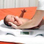 Nguyên nhân khiến trẻ sơ sinh có cân nặng dưới chuẩn?