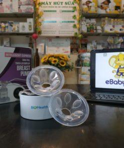 phễu massage máy hút sữa Biohealth điện đôi